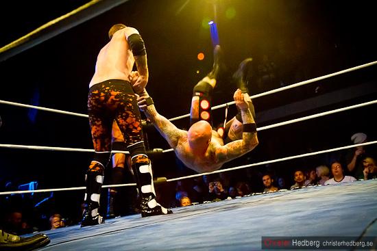 GBG Wrestling: Bad Buddha & JJ Styles vs Doppelgangsters. Foto: Christer Hedberg | christerhedberg.se