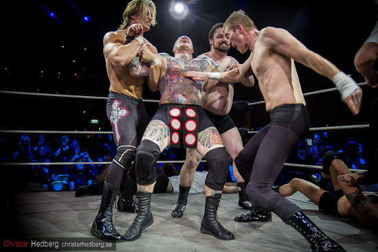 GBG Wrestling: Bad Buddha & Scandinavian Shiva vs Doppelgangsters. Foto: Christer Hedberg | christerhedberg.se