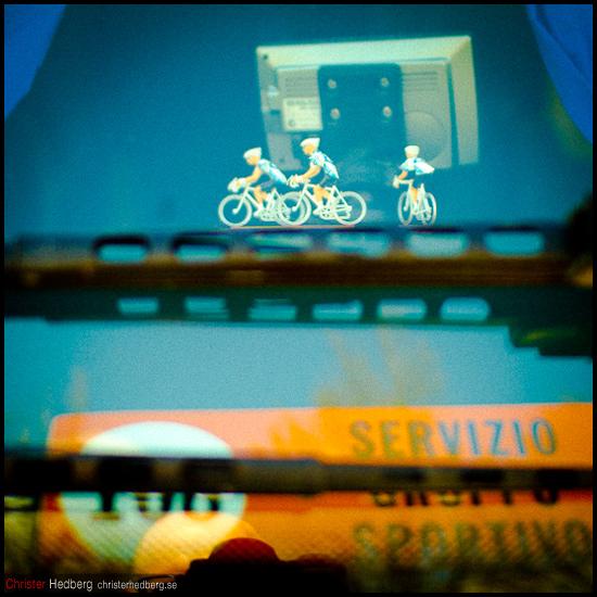 Giro d'Italia: I teambussen. Foto: Christer Hedberg | christerhedberg.se