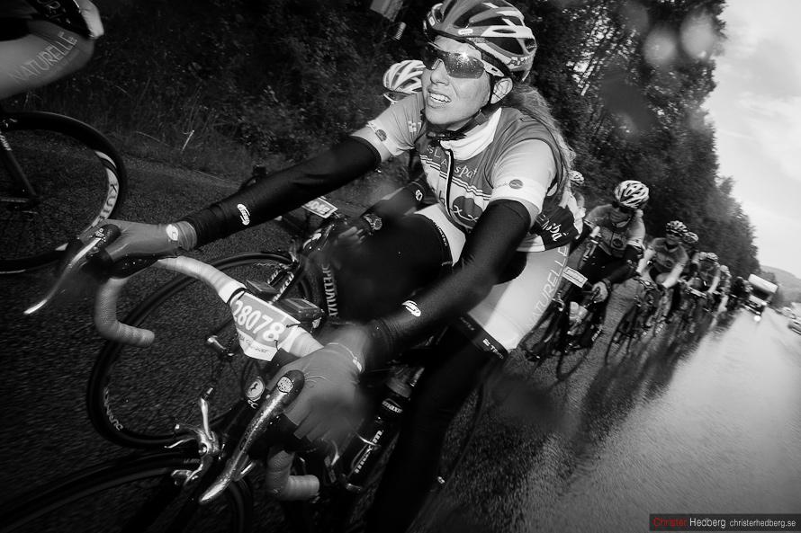Vätternrundan 2012: SubXX: De sista regniga milen. Foto: Christer Hedberg | christerhedberg.se