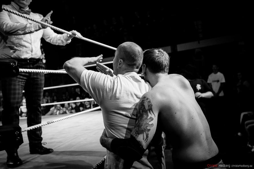 GBG Wrestling: Jenny Sjödin vs. Doppelgangster. Photo: Christer Hedberg | christerhedberg.se