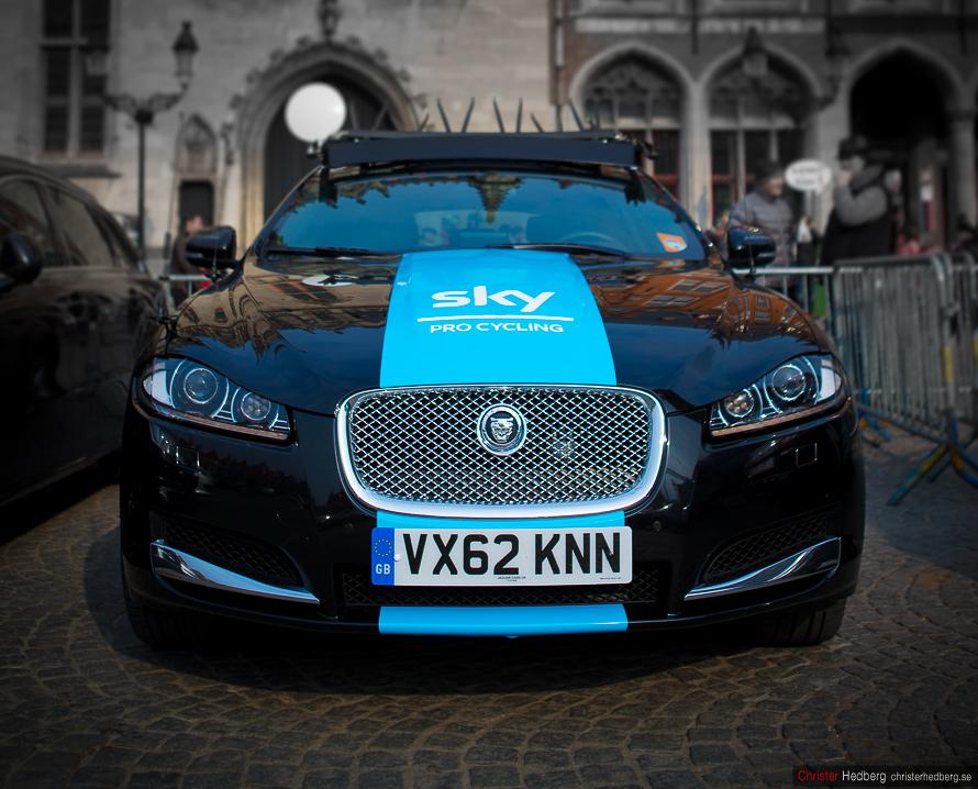 Ronde van Vlaanderen 2013: The Jaguar och Team Sky. Photo: Christer Hedberg | christerhedberg.se